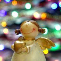 クリスマスに金欠でも楽しめるデートのおすすめとプレゼントについて